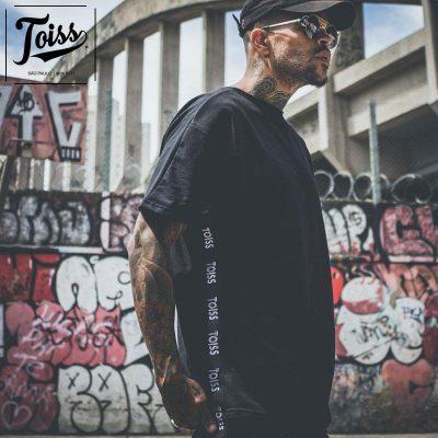 TOISS 横ロゴTシャツ黒